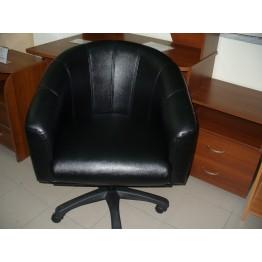 Офисное кресло с газ лифтом